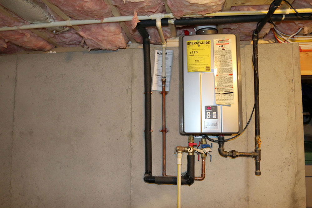 how to turn on gas plumbing for water heater
